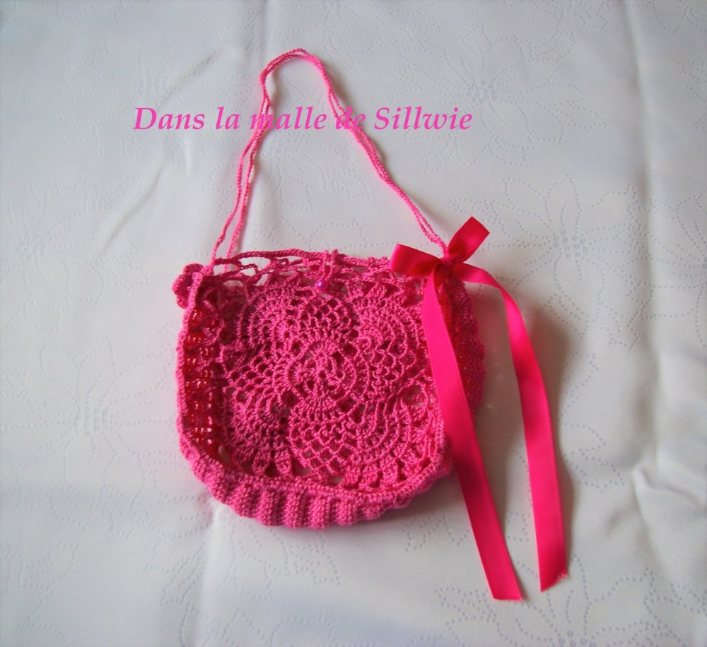 mini sac decoratif rose fuchsia au crochet