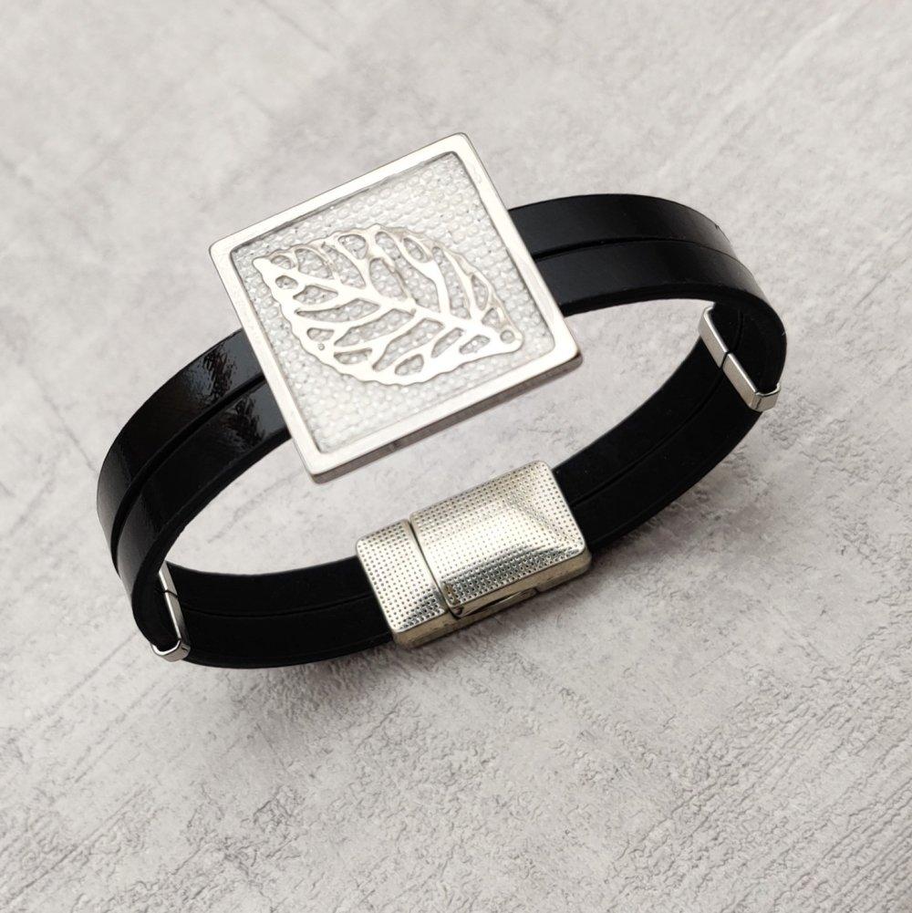 Bracelet cuir noir connecteur carré simili cuir blanc