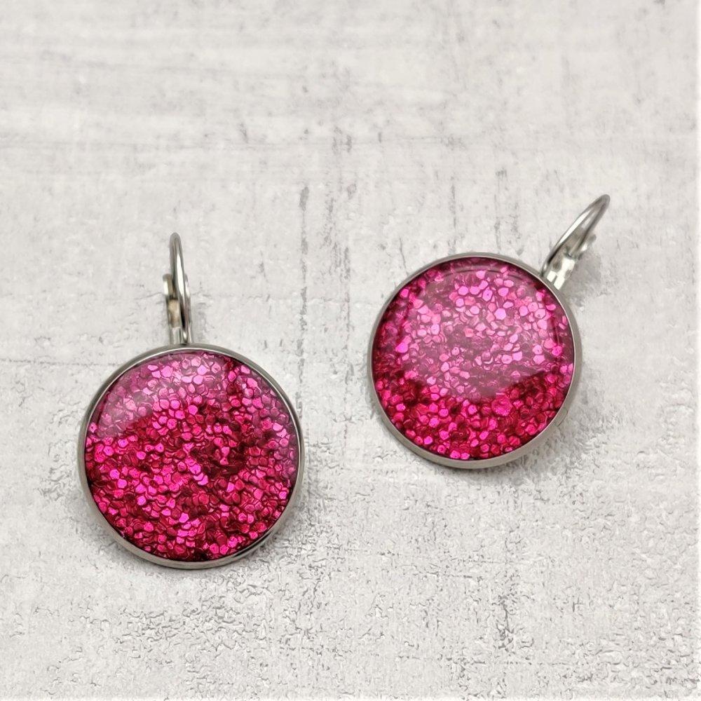 Boucles d'oreilles dormeuses rose fuchsia
