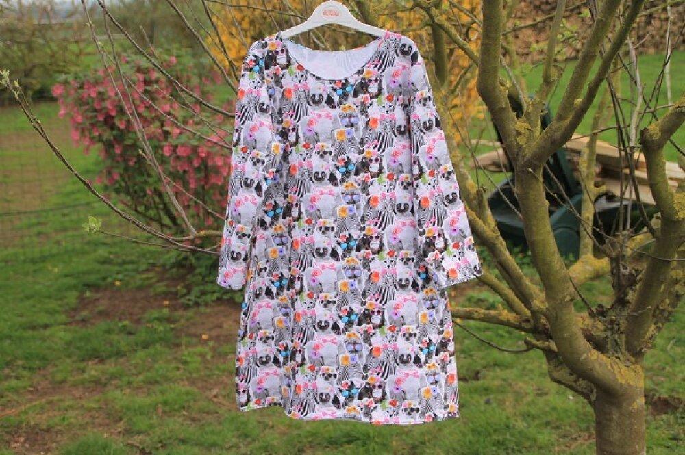 Robe tunique en sweartshirt d'été , adolescente , fille , manches trois quarts , motifs animaux , taille 11 / 12 ans , robe fille