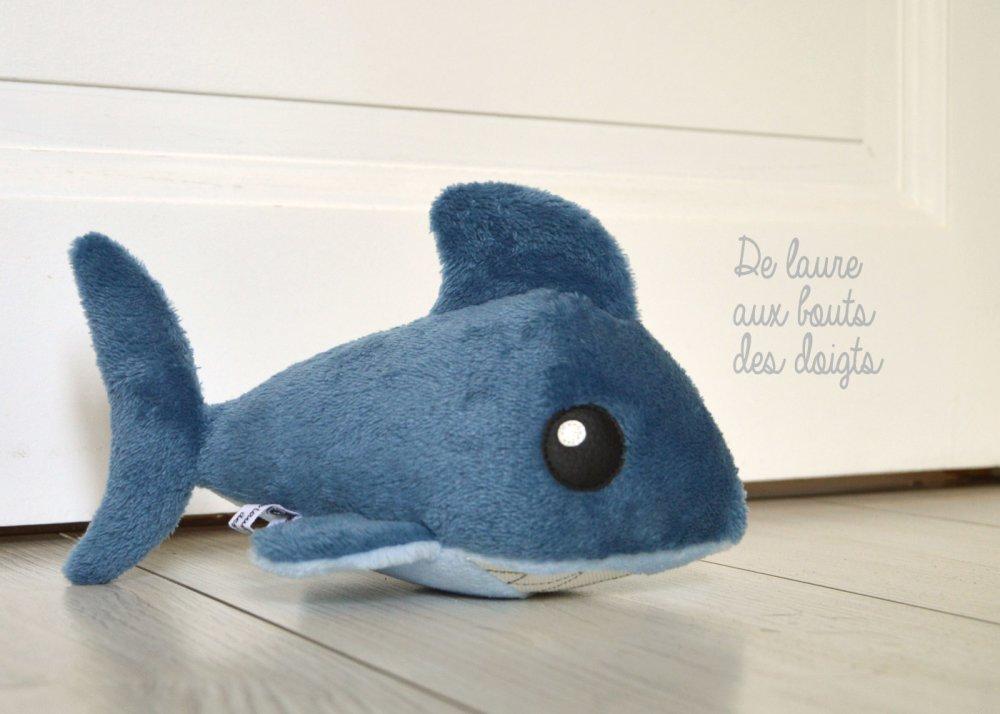 PELUCHE DE DECORATION Shark Requin
