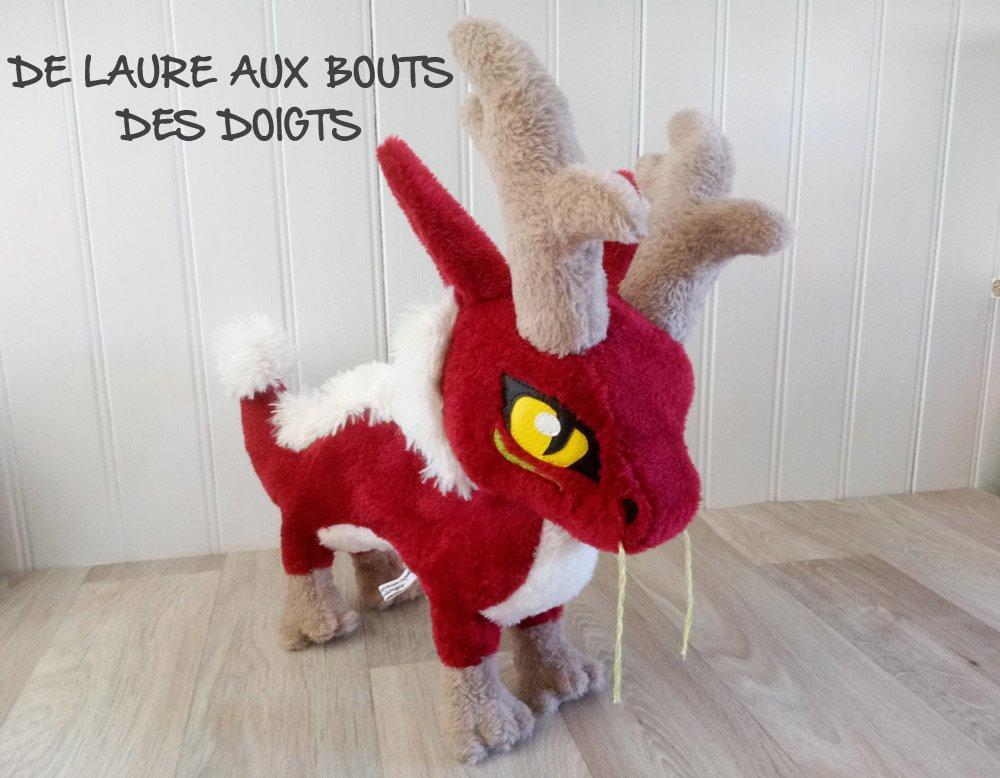 VENDUE PELUCHE DE DECORATION Long Dragon