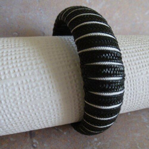Bracelet jonc noir et blanc, bijoux femme, pour poignet, à s'offrir ou à offrir en cadeau