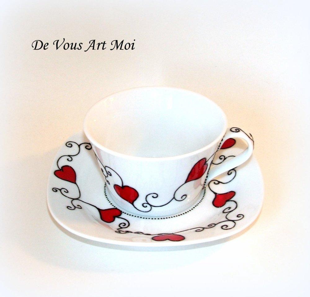 Tasse déjeuner motif coeur,tasse à thé avec soucoupe,porcelaine,peinte main