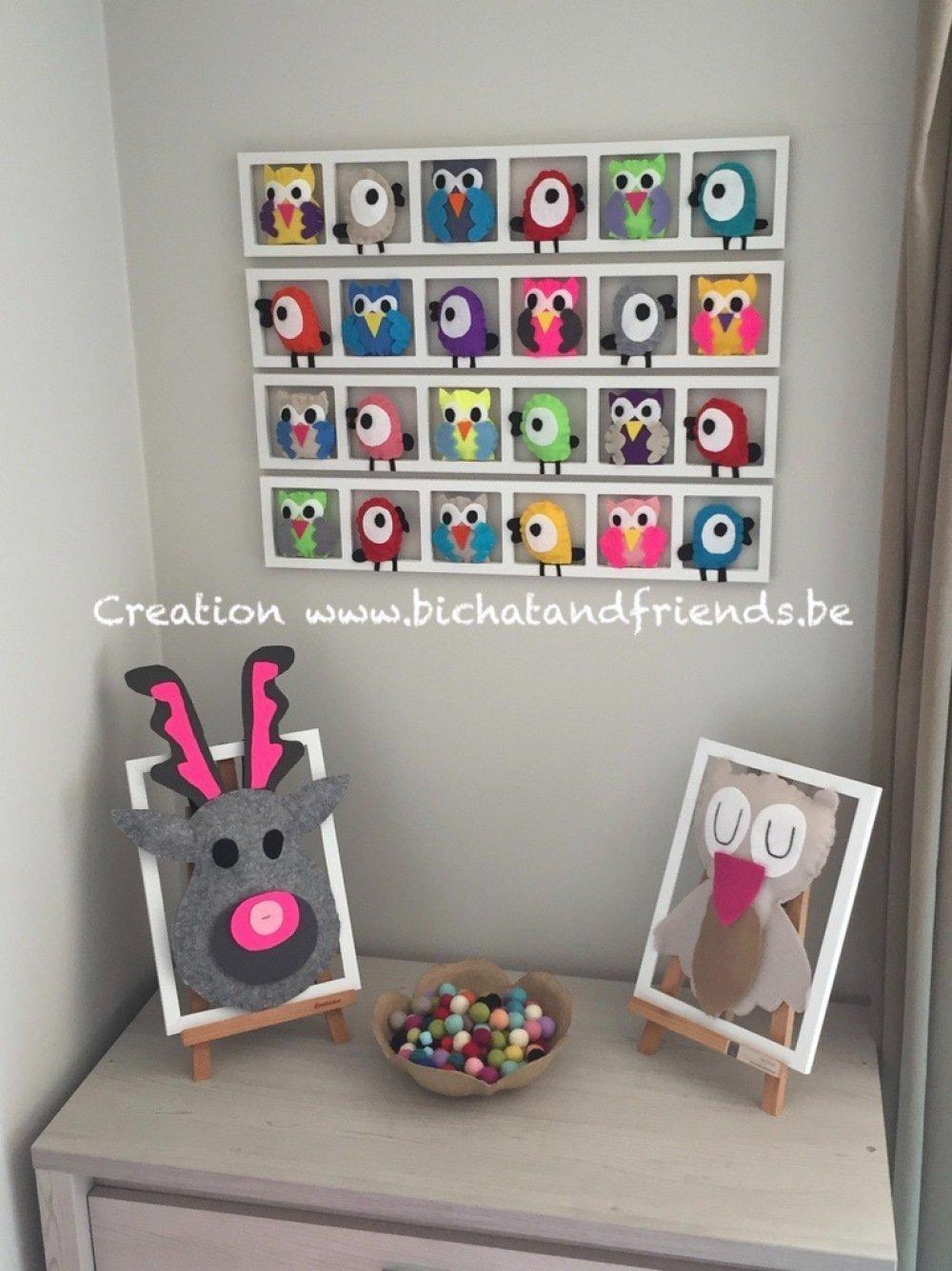 Accessoire Chambre D Enfant cadeau noel original pour bebe. accessoire mural décoratif chambre de bébé.  cadre mural avec animaux ces feutrine. couleurs beige et vert d'eau.