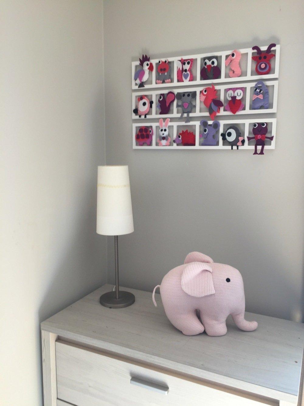 Idée décoration chambre enfant et bébé \'pinky dream\', tons , rose, gris,  mauve, lila