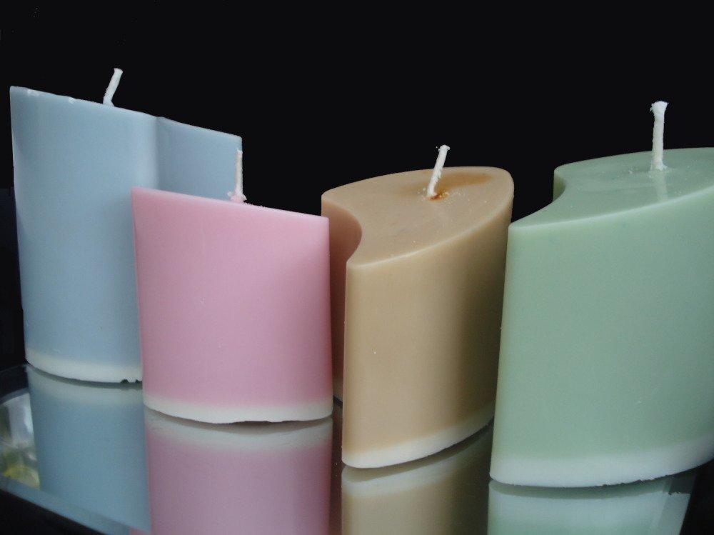 Bougies gigogne couleurs tendances parfun d'amande amere