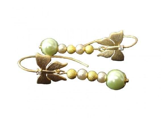 boucle d'oreille papillons dorés et perles de verres