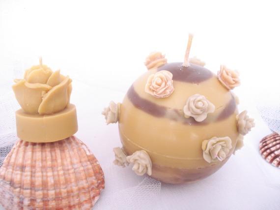 """Bougie boule de roses """"exquise""""@decomatine"""