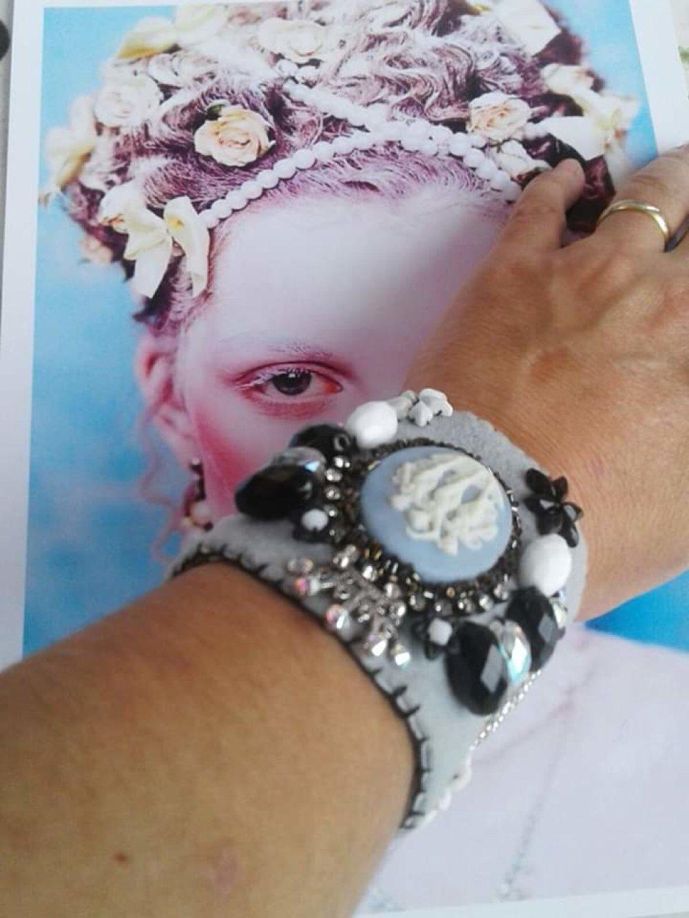 Bracelet manchette shabby chic Gris,blanc,noir