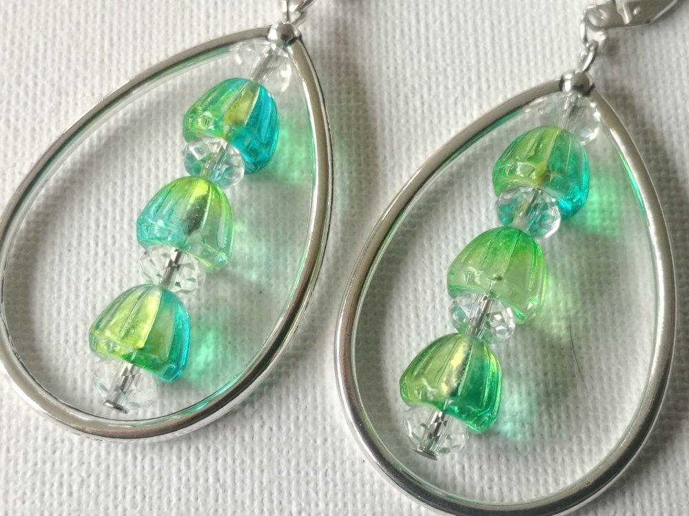 Boucles d'oreilles gouttes argentées, perles dômes coupoles bleu turquoise vert, facettes transparentes