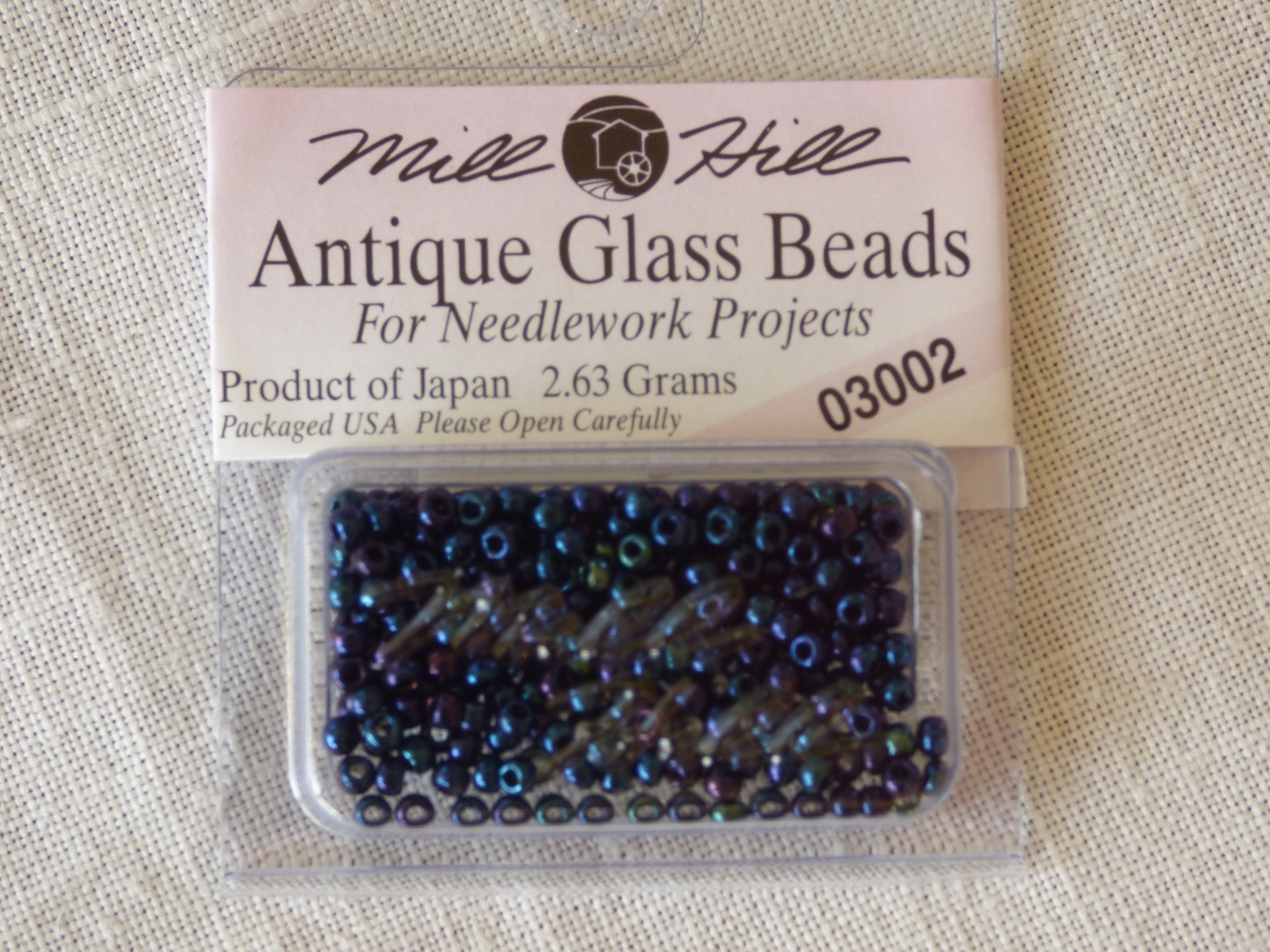 Perle Mill Hill Antique  Glass  Beads 03002