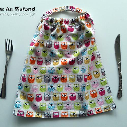 Serviette de table élastiquée motifs hiboux