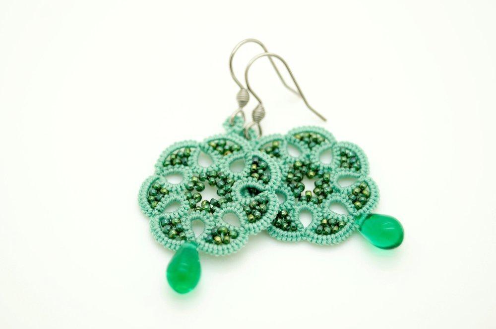 Boucles d'oreilles en dentelle vert d'eau