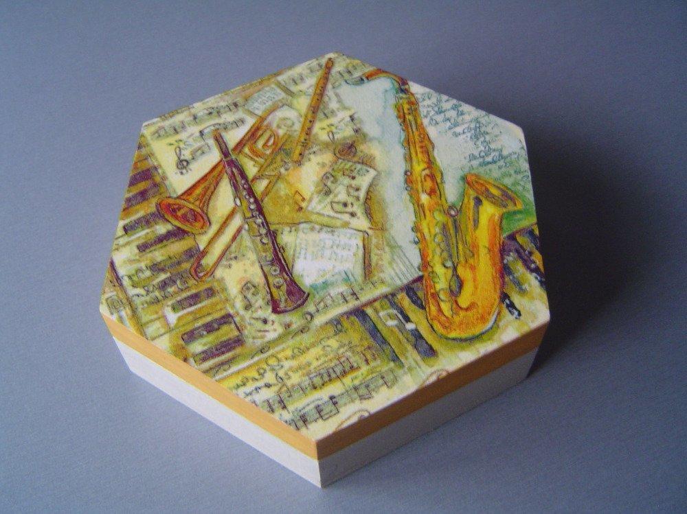 "Boîte hexagonale ""Instruments de musique"""