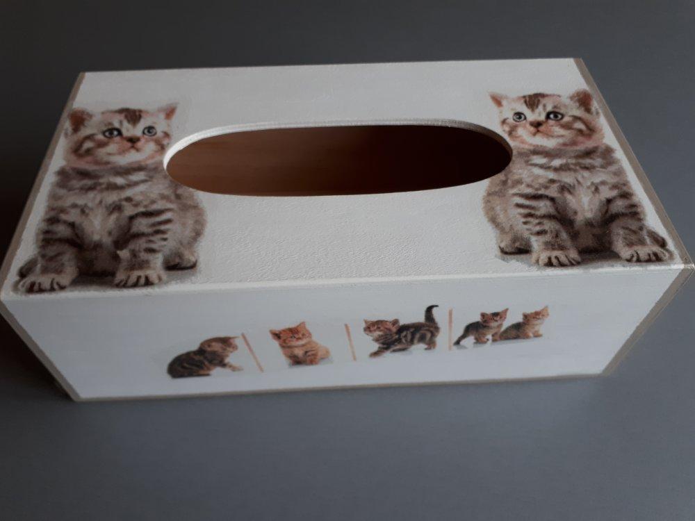 """Boîte à mouchoirs rectangulaire """"Adorables chatons"""""""