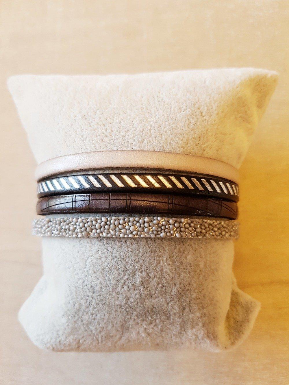 Bracelet femme manchette gris en cuir mesure adaptable idée cadeau anniversaire fête des mères NOËL