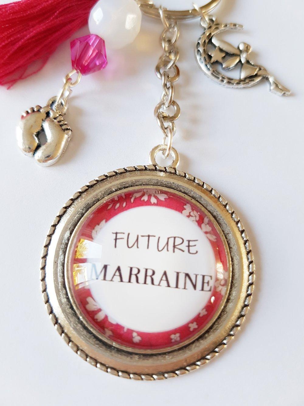 Porte-clef FUTURE MARRAINE petits pieds de bébé fée et pompon rose /  Idée cadeau noël fête anniversaire marraine