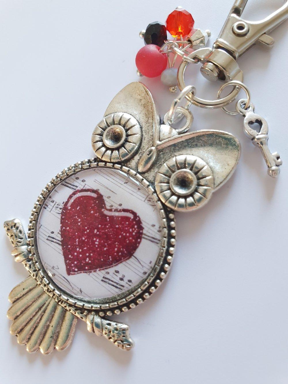 Porte-clef amour idée cadeau saint Valentin hibou chouette cœur rouge musique cabochon