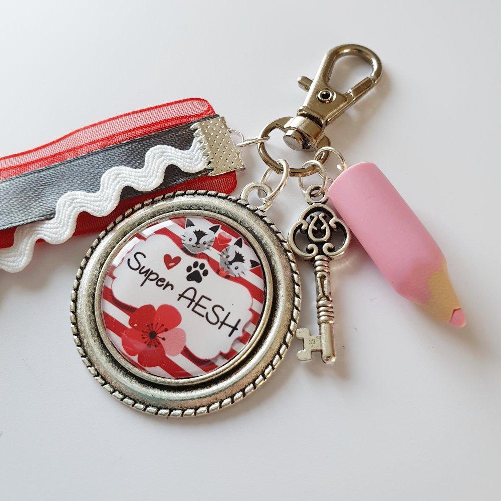 Porte clé SUPER AESH crayon chat rouge rose garçon fille - Idée cadeau fin d'année remerciements