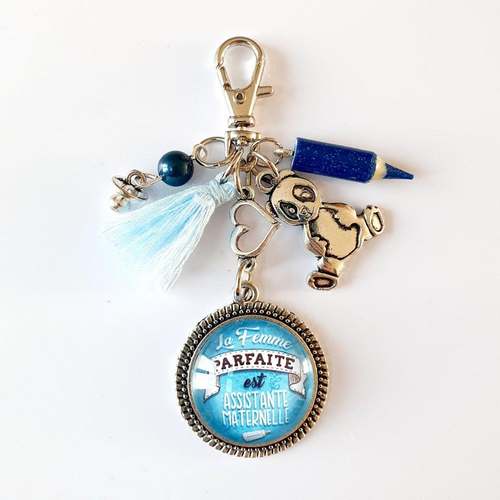 Porte-clef assistante maternelle NOUNOU pompon bleu panda tétine crayon fimo Idée cadeau fin d'année assistante maternelle