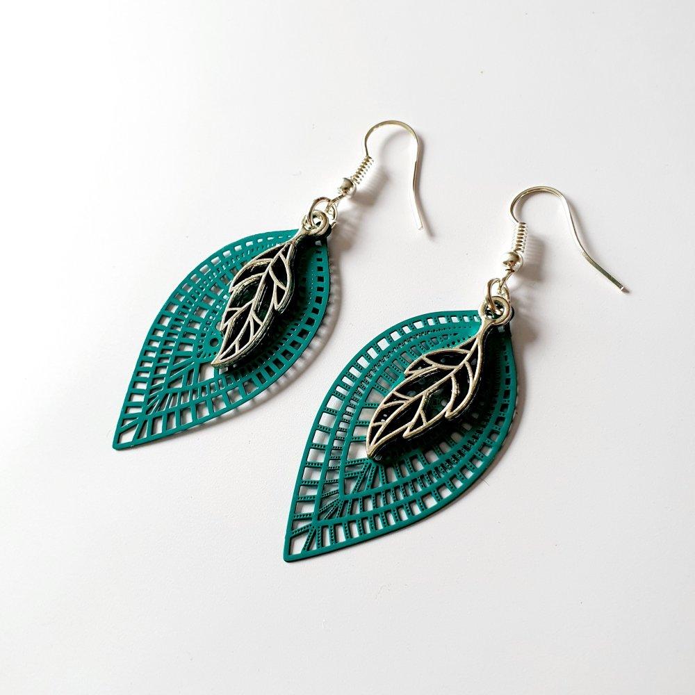 Boucles d'oreilles feuilles vert et argenté - estampe idée cadeau anniversaire femme