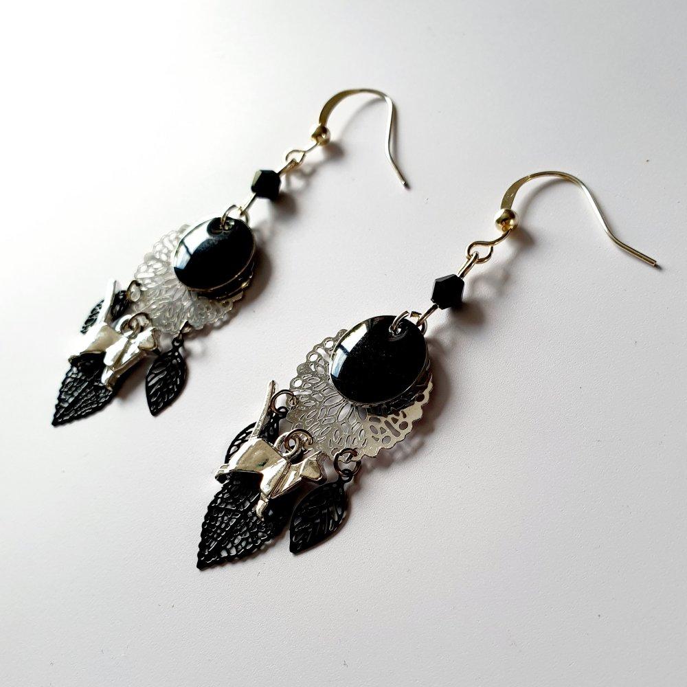 Boucles d'oreilles chat estampe feuille noir et argenté idée cadeau femme