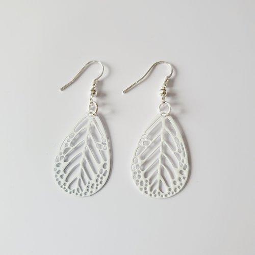 Boucles d'oreilles plume estampe blanche idée cadeau anniversaire femme