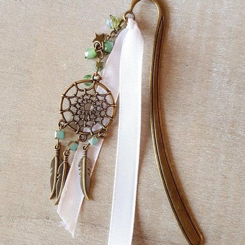 Marque-page vert et bronze ruban blanc attrape rêves plumes étoile idée cadeau anniversaire fête noël maman destockage