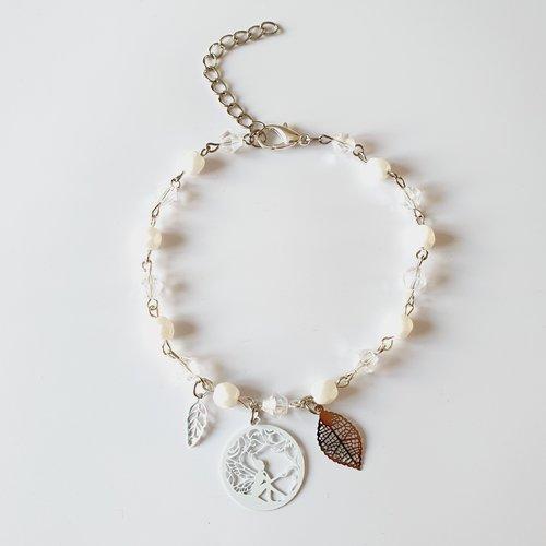 Bracelet de cheville fée argenté blanc estampe et perles idee cadeau anniversaire fête des mères femme