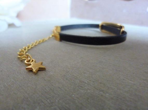 Bracelet adaptable femme en cuir noir et doré - rectangle gravé - idée cadeau fête des mères femme anniversaire