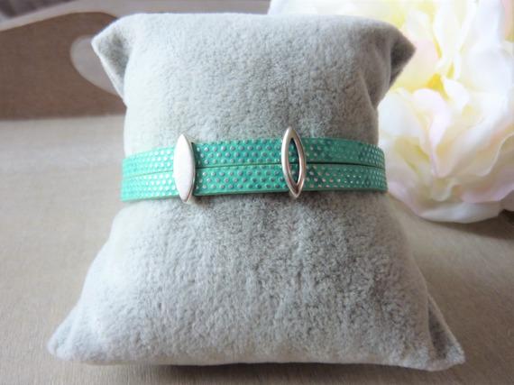 Bracelet femme simili cuir vert pastel pois argenté passants ovales fermoir aimanté taille personnalisable