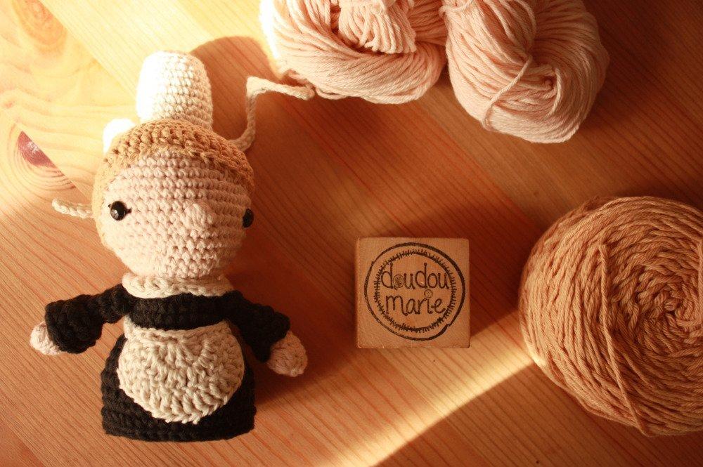 Doudou Poupée Bigoudène de Bretagne en crochet Amigurumi fait main cadeau original