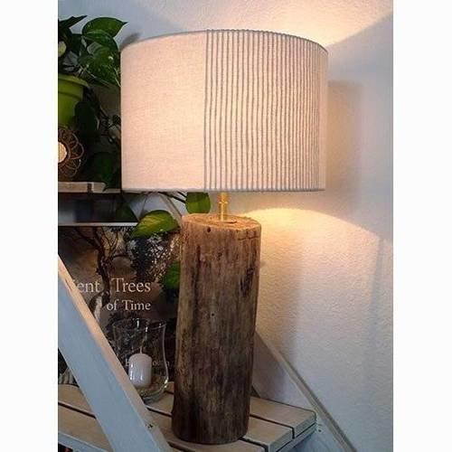 Lampe à poser en bois flotté
