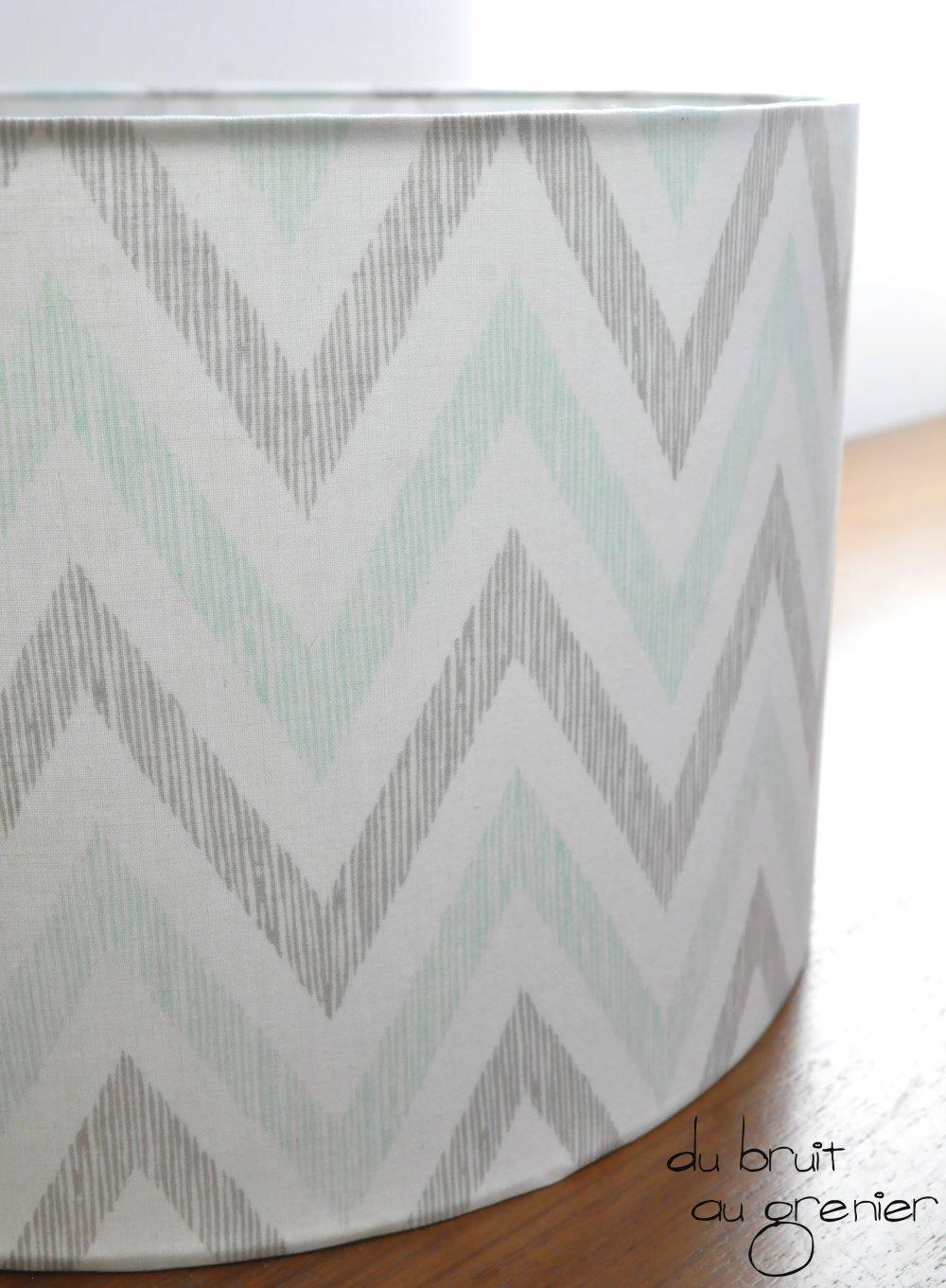 Abat-jour en tissu à motifs de chevrons