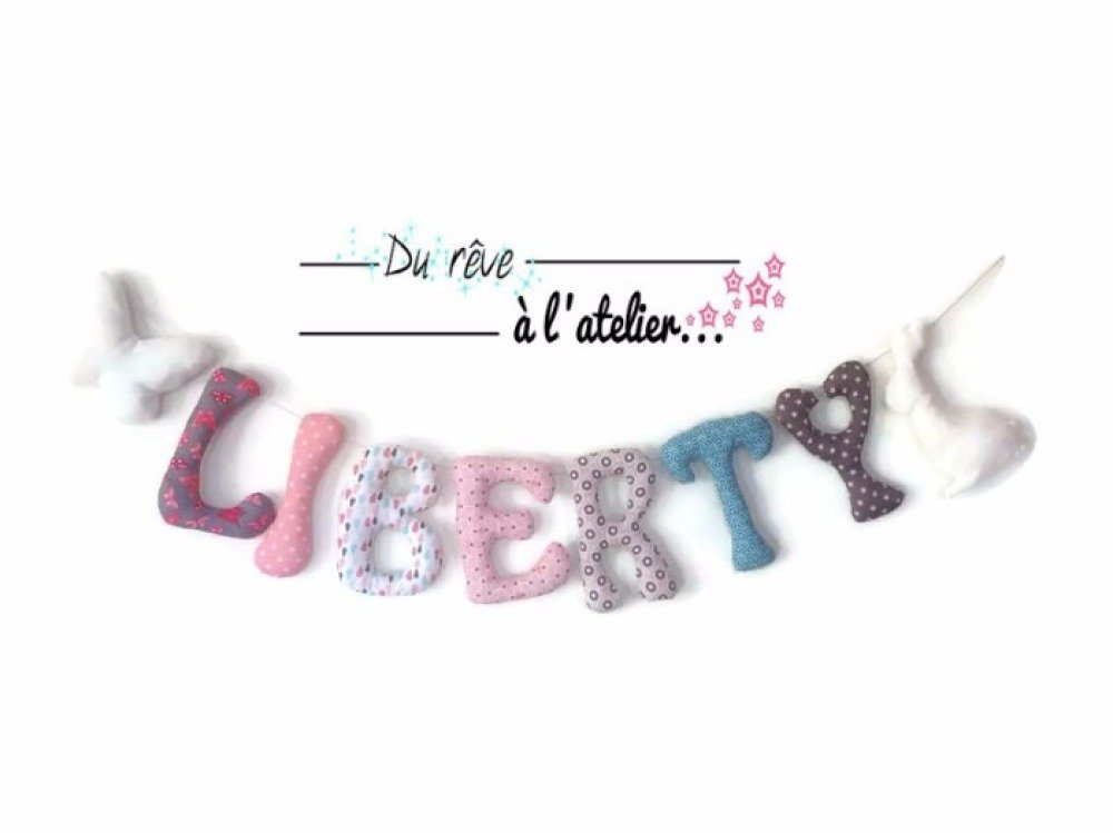 Guirlande prénom 7 lettres + 2 motifs décoration chambre enfant fille ou  garçon