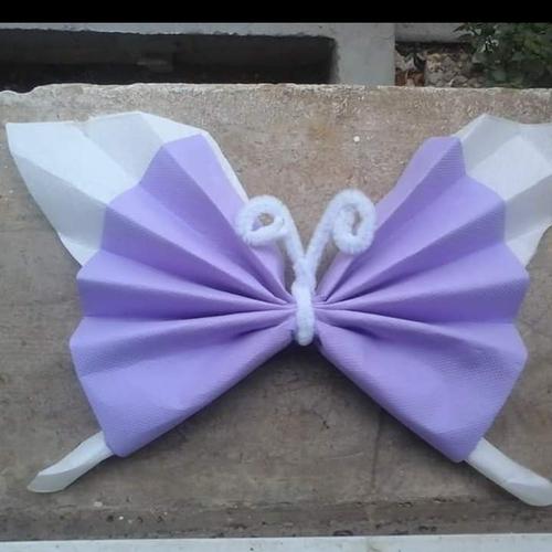 Pliage Serviette En Forme De Papillon Un Grand Marché
