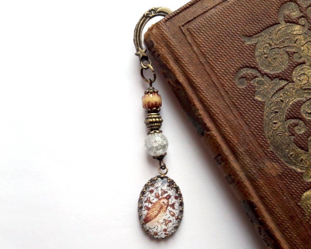Marque-page style médiéval, cabochon verre motif enluminure