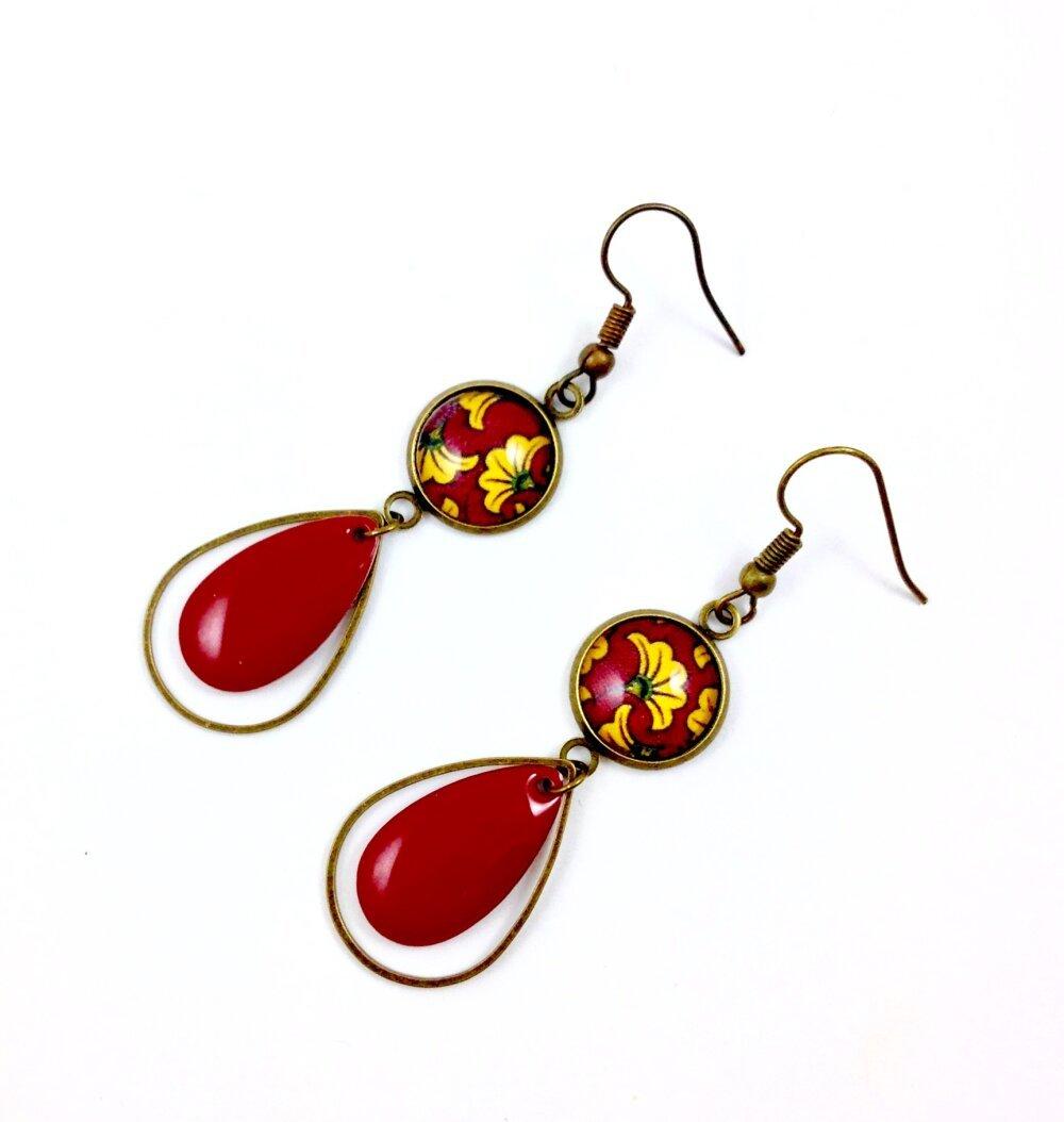Boucles d'oreilles puces bronze Cabochon, fleurs rouges et jaunes, Wax africaine, ethnique, cadeau femme, bohème chic, automne hiver,