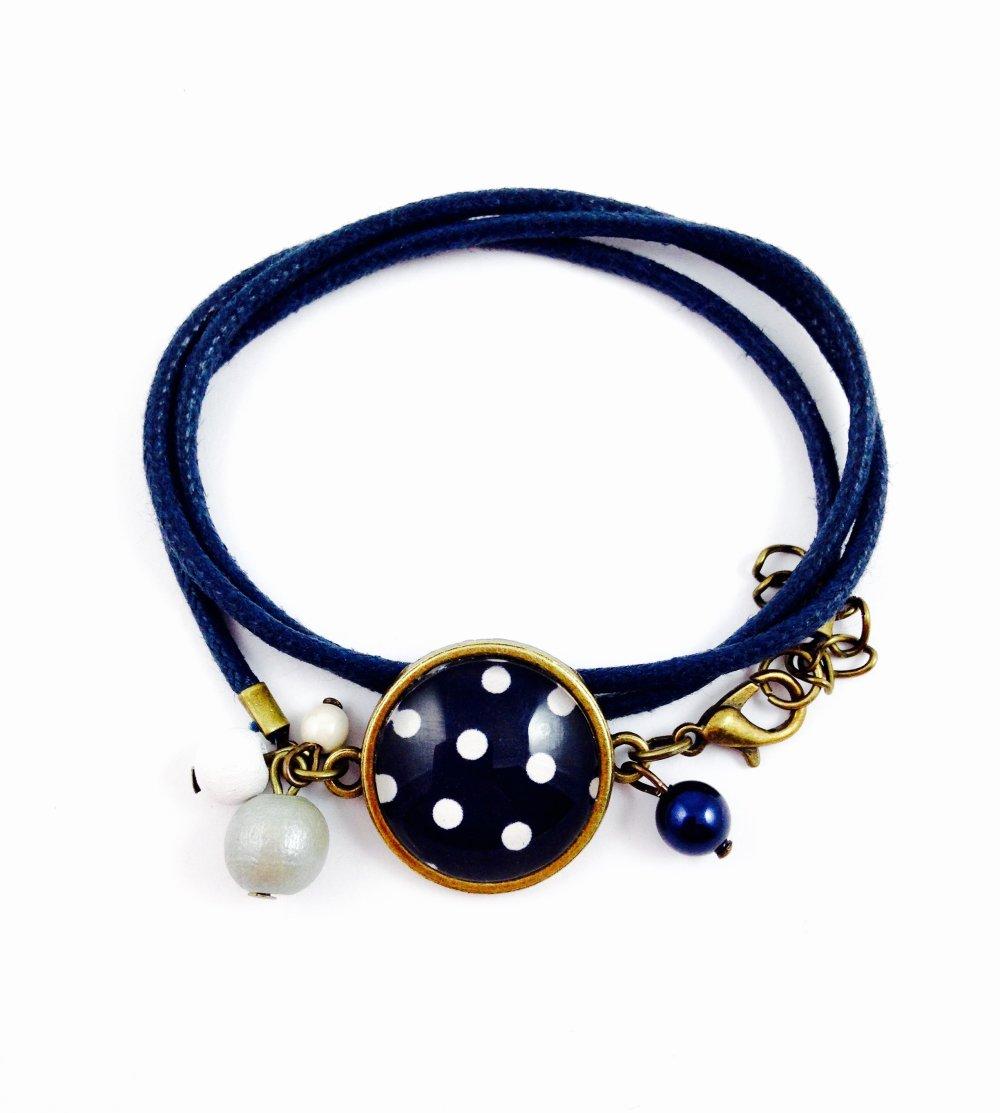 Collier sautoir bronze Cabochon, Pois blancs fond bleu marine, motifs géométriques, cadeau femme, perles, bohème chic