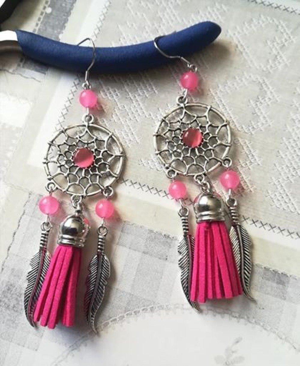 Boucle d'oreilles attrape rêve pompons suédine rose