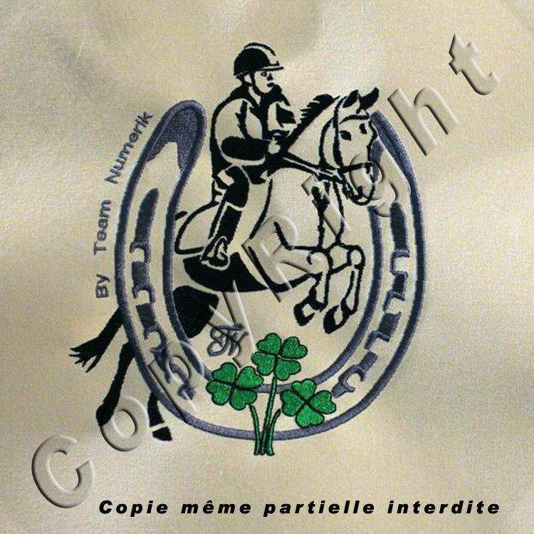 Écusson patch brodé à coudre  cso cheval poney équitation fer trefle, broderie machine Taille XL Dessin au trait.