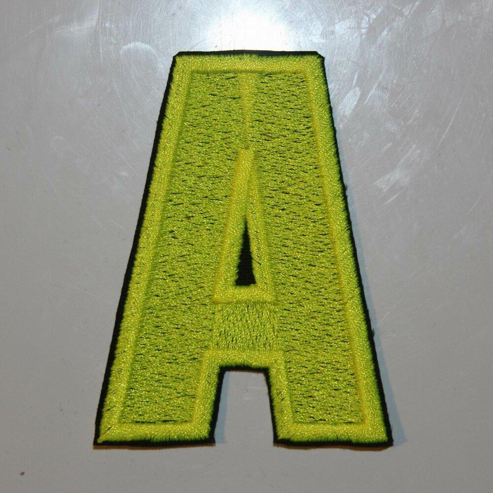 Écusson brodé lettre A, 8 cm de hauteur