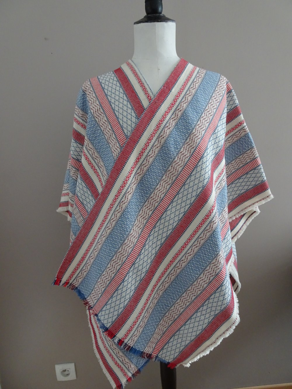 Grand poncho multicolore