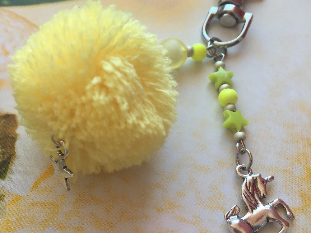 Porte clés / Bijou de sac Licorne et pompon