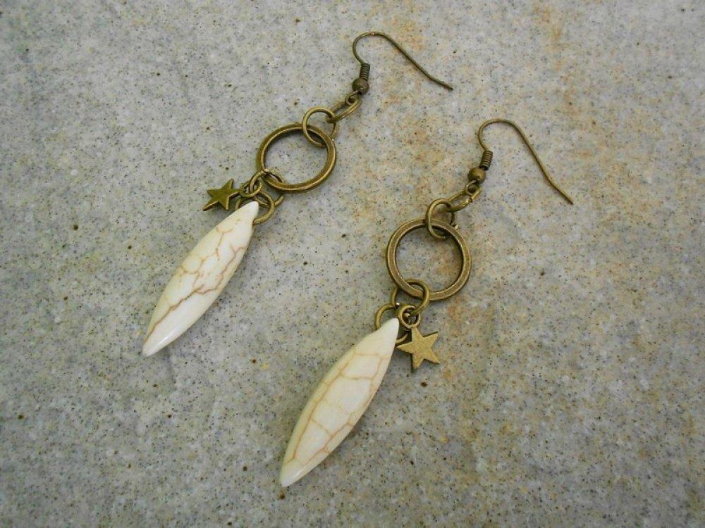 boucles d'oreilles longues en pierre naturelle