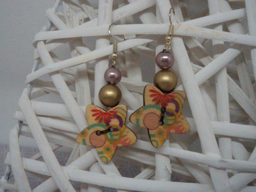 grosses boucles d'oreilles pendantes design bouton en bois étoile: graphique, infini, bulles colorées