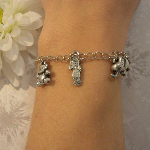 Bracelet fille / femme, chaîne argent, maille gourmette, bijou fantaisie moderne à breloques: grande soeur, future maman, naissance2