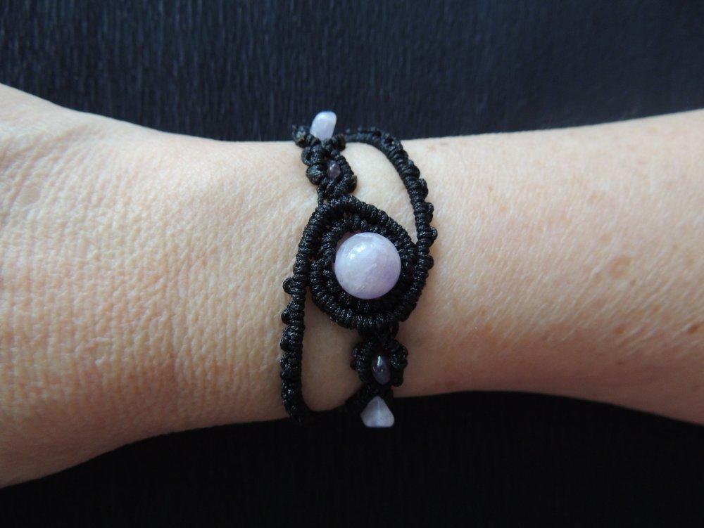 Bracelet en macramé noir et améthyste