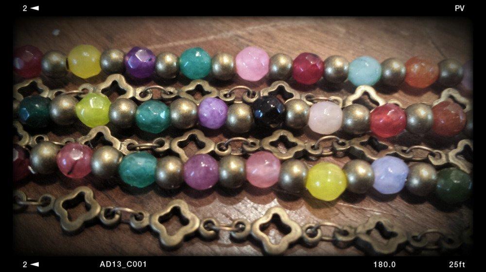 Bracelet agate multicolore et chaîne fantaisie